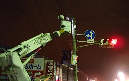 交通信号機設置工事(夜間作業)